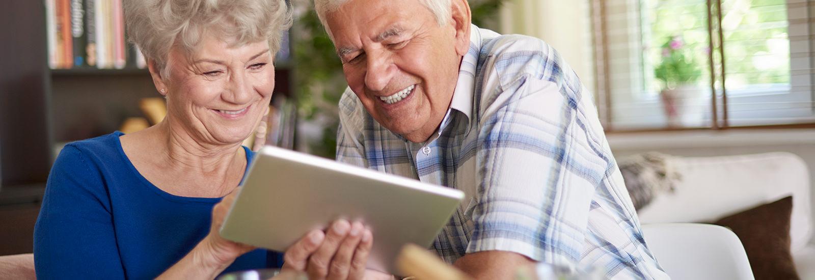 子どもの写真を祖父母にカンタン共有! オススメ「親孝行サービス」3選 | PreBell